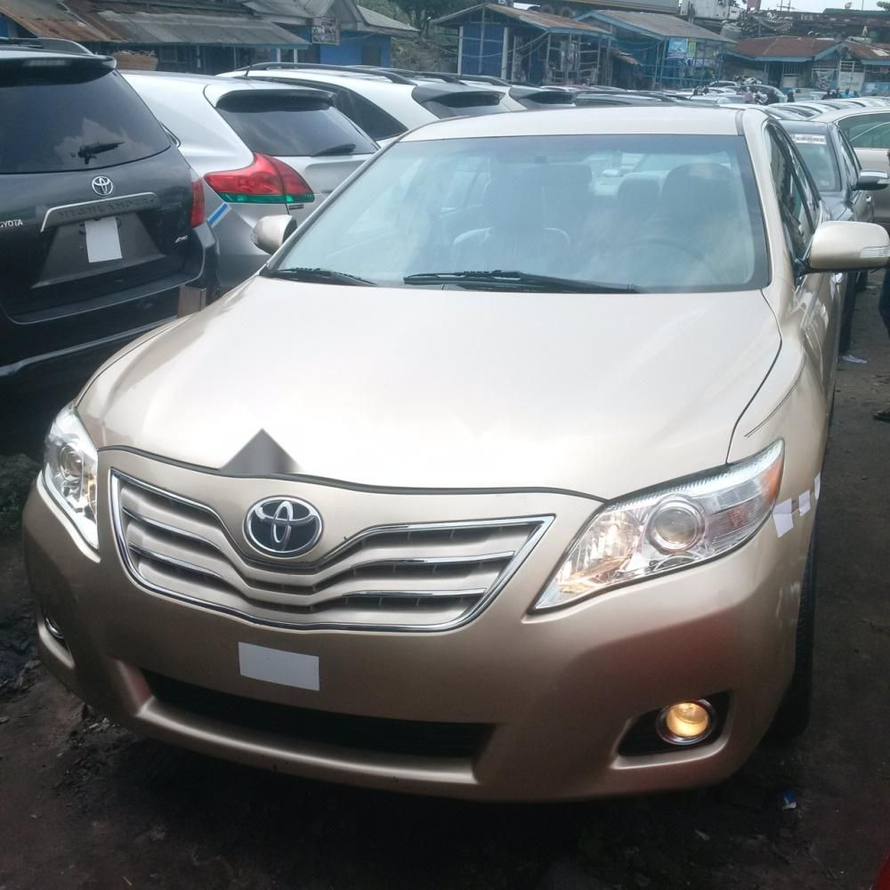 toyota camry 2010 in good condition for sale. Black Bedroom Furniture Sets. Home Design Ideas