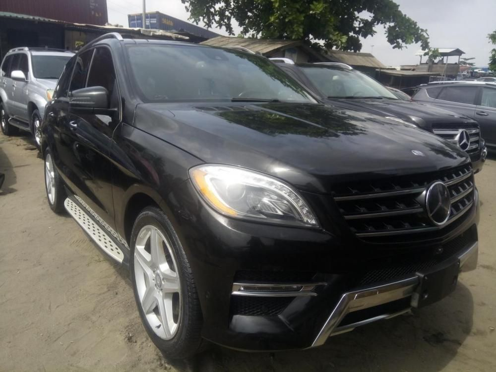 almost brand new mercedes benz ml350 for sale. Black Bedroom Furniture Sets. Home Design Ideas