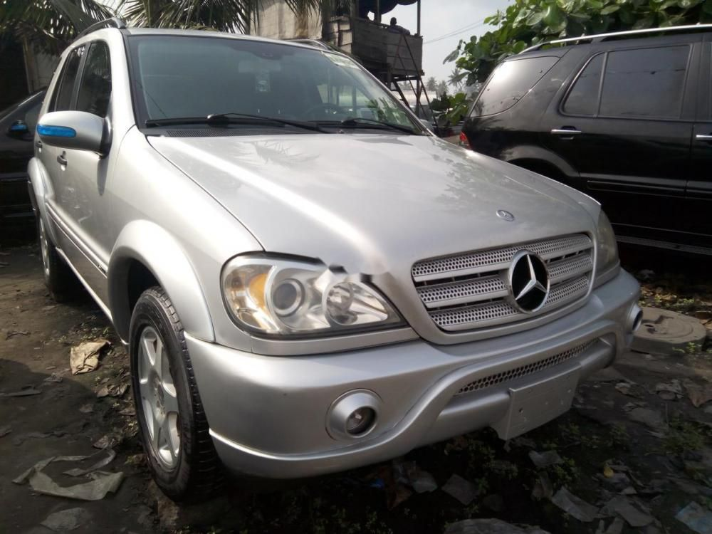 well kept mercedes benz ml350 2004 for sale
