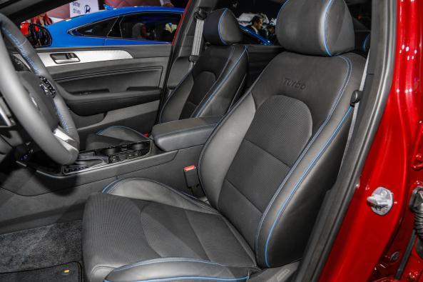 Sonata passenger's seats