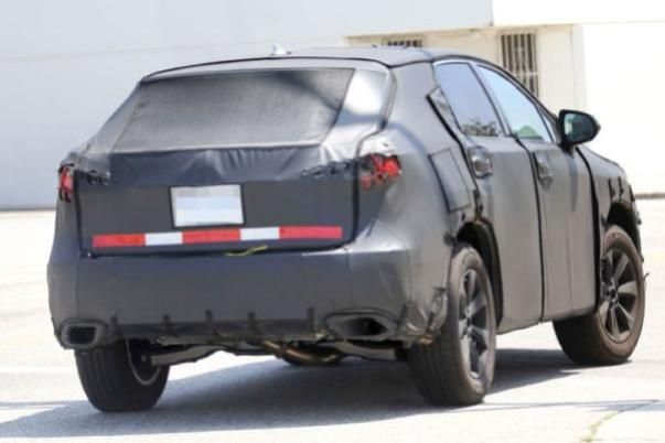 Angular rear of the 3-row Lexus RX 350L 2018