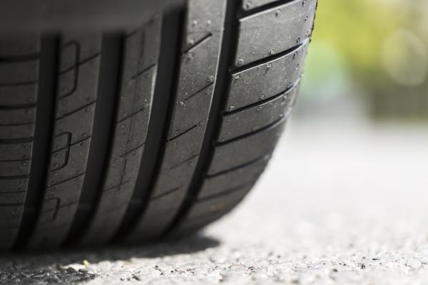 Unevenly worn tires