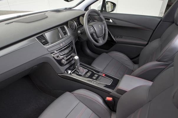 2017 Peugeot 508 driver seat