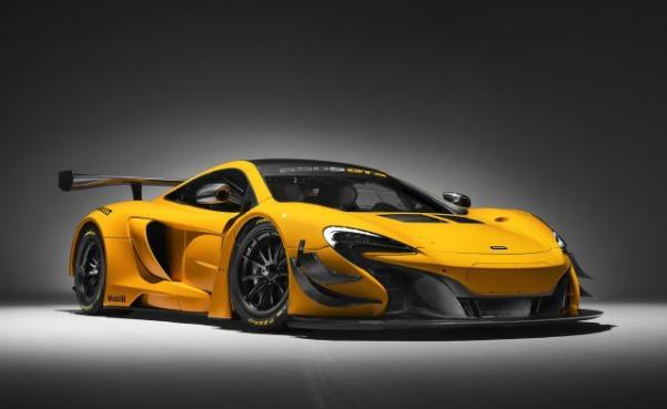 Angular front of a 2018 McLaren 688 HS