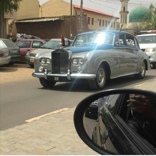 Rolls-Royce Phantom V LHD James Young