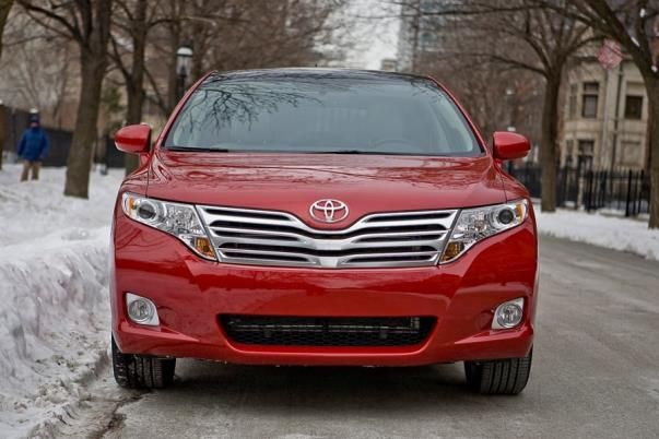 Toyota Venza 2010 front view