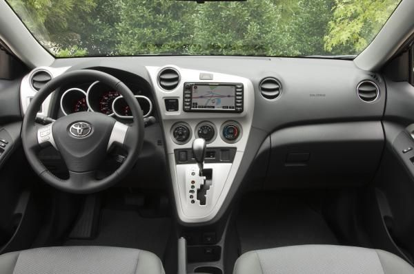 Toyota Matrix 2010 dashboard area
