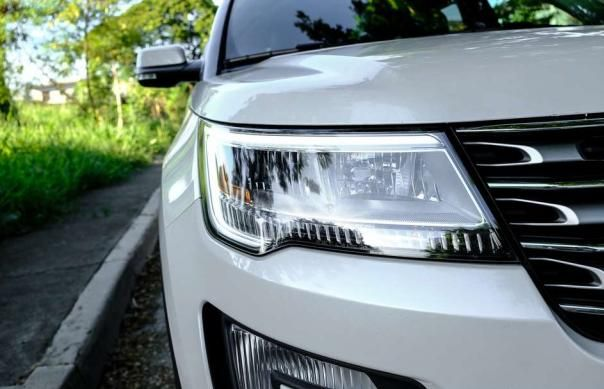 Ford Explorer 2018 headlight
