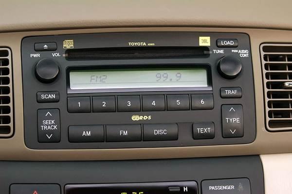 Toyota Corolla 2006 radio