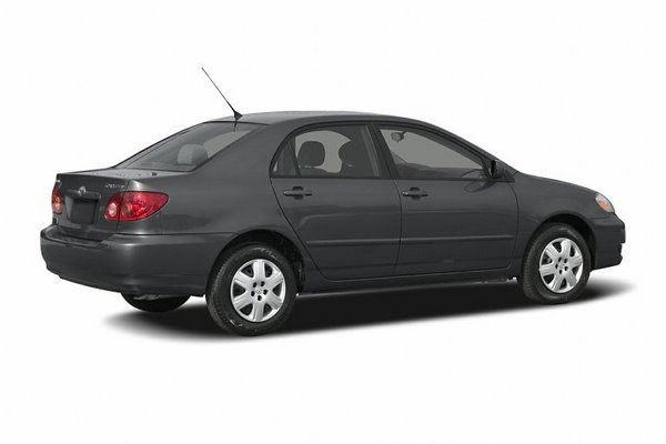 Toyota Corolla 2006 side view