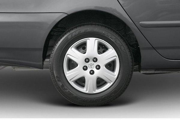 Toyota Corolla 2006 wheel
