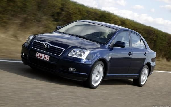 Toyota Avensis on the road