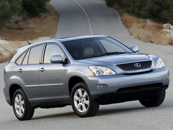 The Lexus RX330 2005