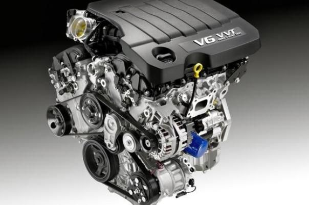 what are differences between the 6 cylinder engine and the v6 engine