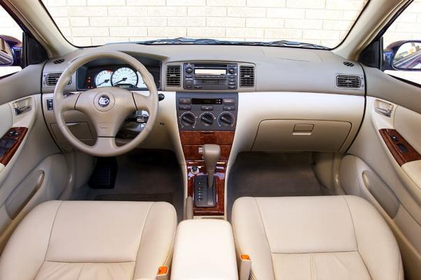 Toyota Corolla 2003 interior