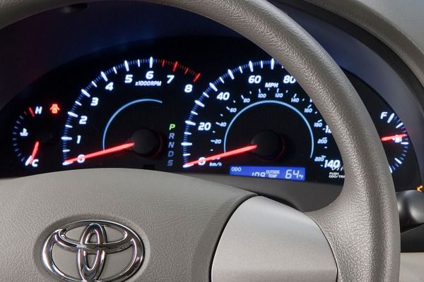 The Toyota Camry 2010's gauges