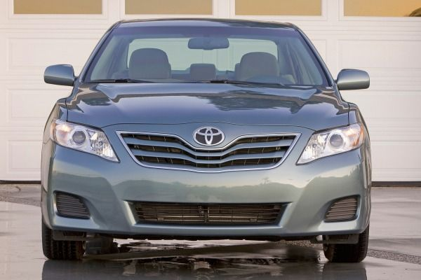 The Toyota Camry 2010's frontal look