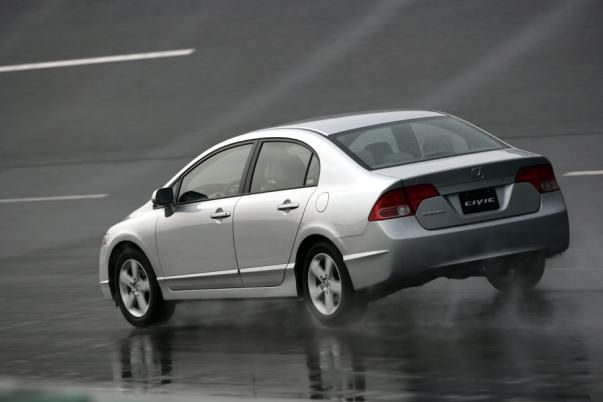 Honda Civic 2006 on the road