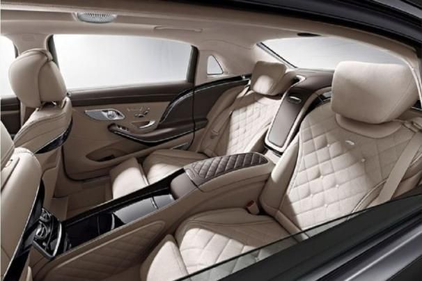 the 2015 Mercedes Benz S550's interior