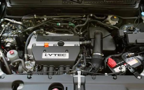 a 160 hp 2.4 L 4-cylinder powertrain