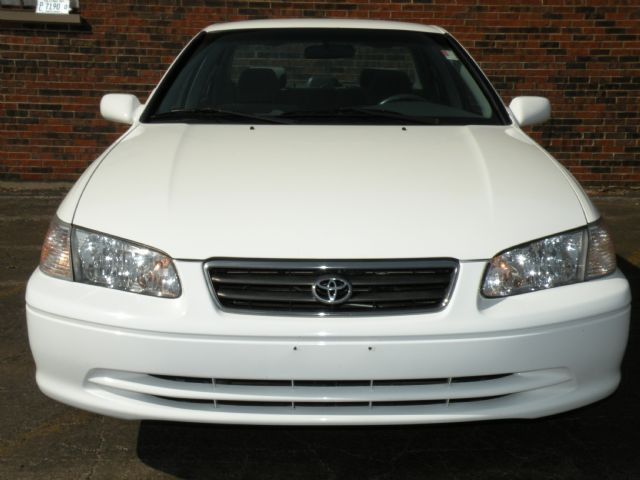 2001 toyota camry for sale white. Black Bedroom Furniture Sets. Home Design Ideas