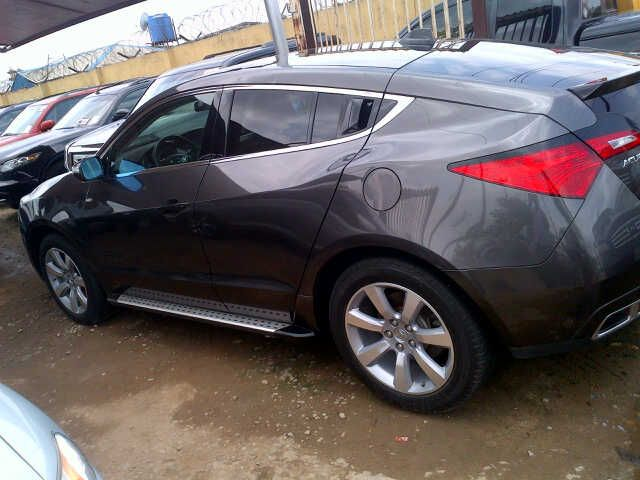 2010 acura zdx in good condition for sale. Black Bedroom Furniture Sets. Home Design Ideas
