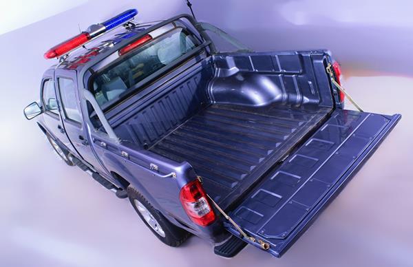 Innoson Carrier 4x2 cargo space