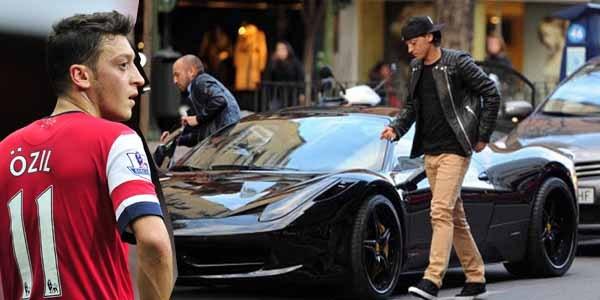 The Ferrari 458 Speciale ($300,000 N111 million) of Mesut Özil