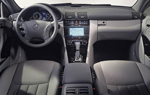 Mercedes-Benz C240 2005 interior
