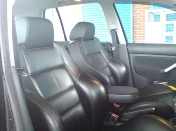Rear seats of the Volkswagen Golf 3 2002