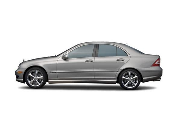 Mercedes-Benz C230 2007 side view