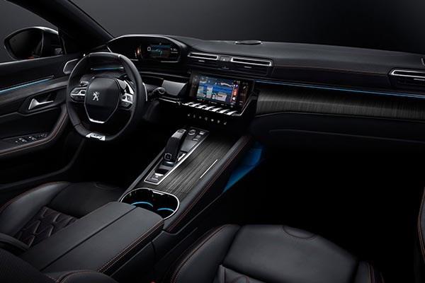 Peugeot 508 2019's interior