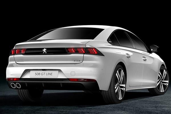 the angular rear of Peugeot 508 2019