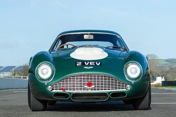1960 Aston Martin DB4GT Zagato front view