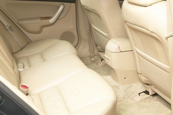 Honda Accord 2003 back seats
