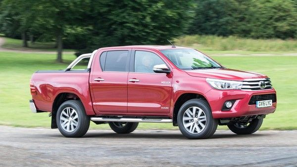 Toyota Hilux 2015 Review