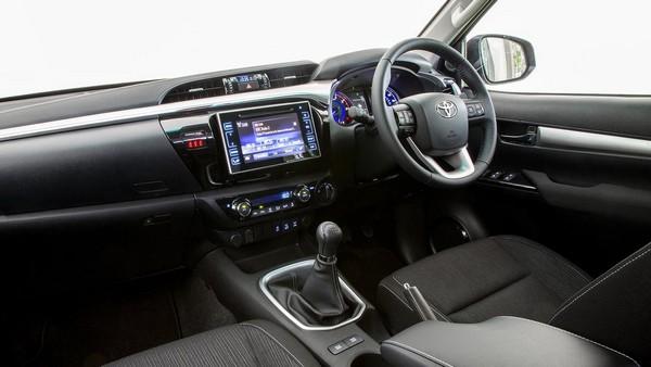 Toyota Hilux 2015 interior