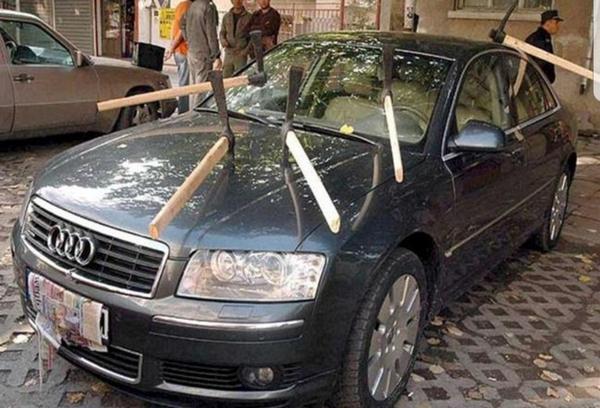 cheating boyfriends' cars