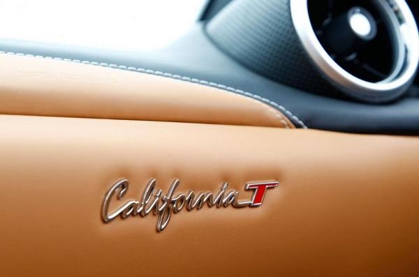Ferrari California badge