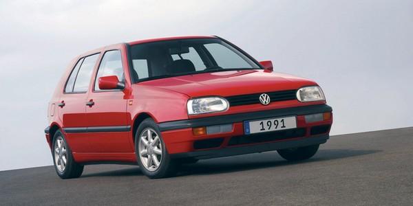 Volkswagen Golf 3 2002 angular front