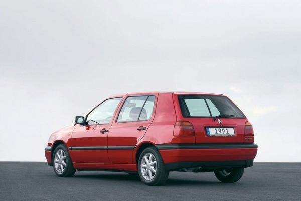 Volkswagen Golf 3 2002 angular rear