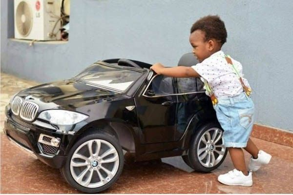 Madu, Record label CEO's son is showing off his pricey BMW