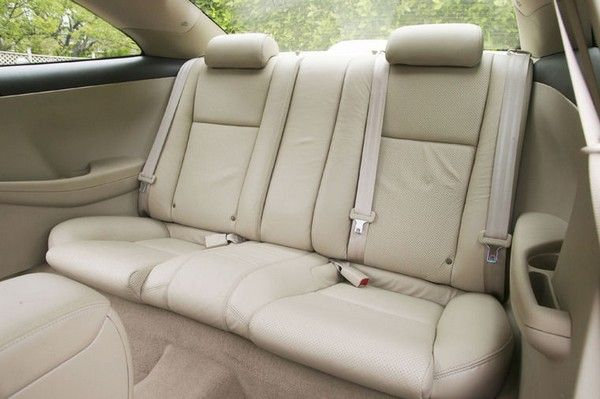 Toyota Camry 2005 interior with seating