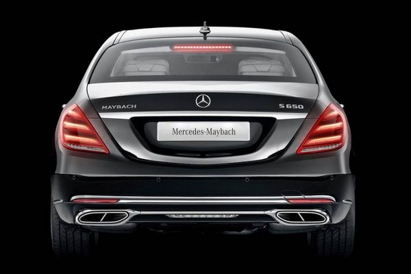 Mercedes-Benz Maybach S650 Pullman 2019 rear view