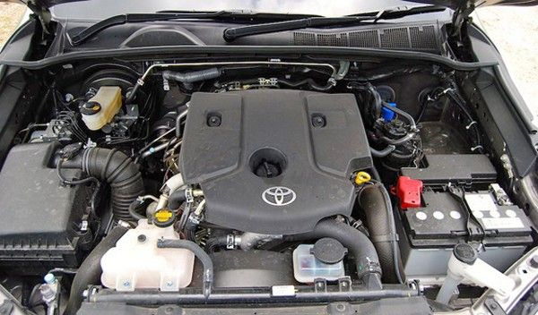 Toyota Hilux 2017 engine