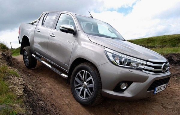 Toyota Hilux 2017 on the road