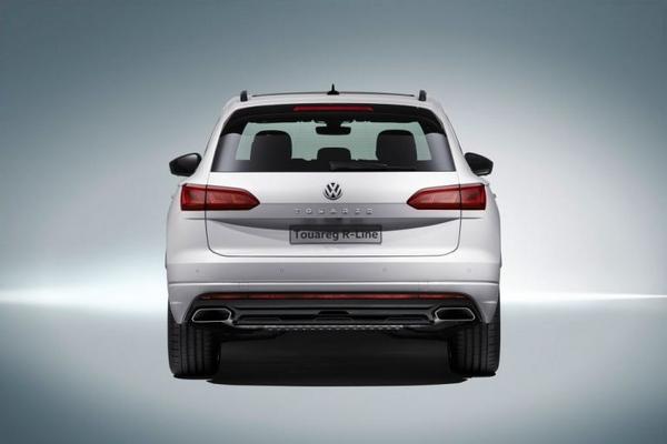 Volkswagen Touareg 2019 rear view