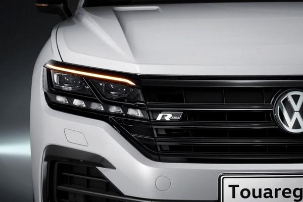 Volkswagen Touareg 2019 front view