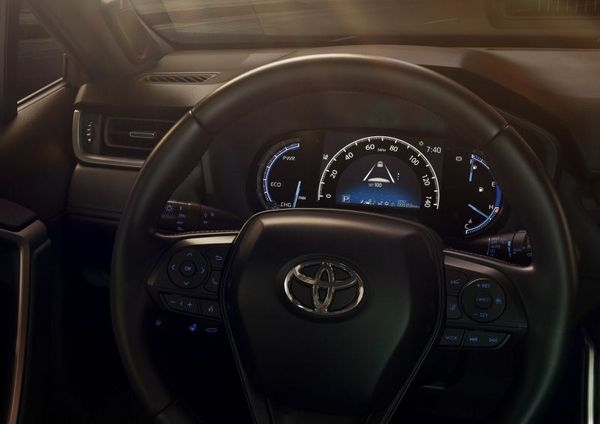 Toyota RAV4 2019 steering wheel