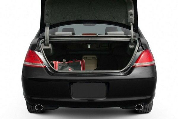 Toyota Avalon 2007 trunk